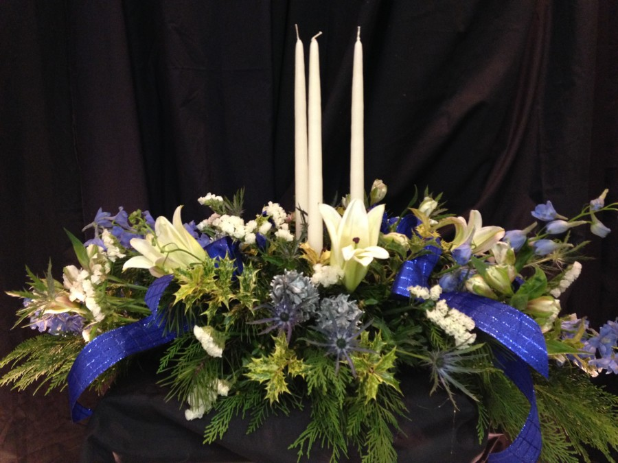 Blue Christmas Centerpiece With Candle Williamsburg Floral